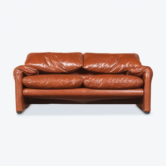 2 Seat Maralunga Sofa by Vico Magistretti for Cassina in Rich Toffee Leather, 1973, Italy